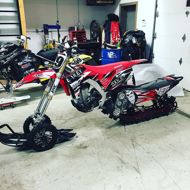 Flybyu Snowbikes in Shop